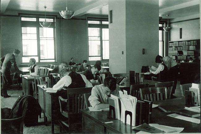 Physics Library - 1940s