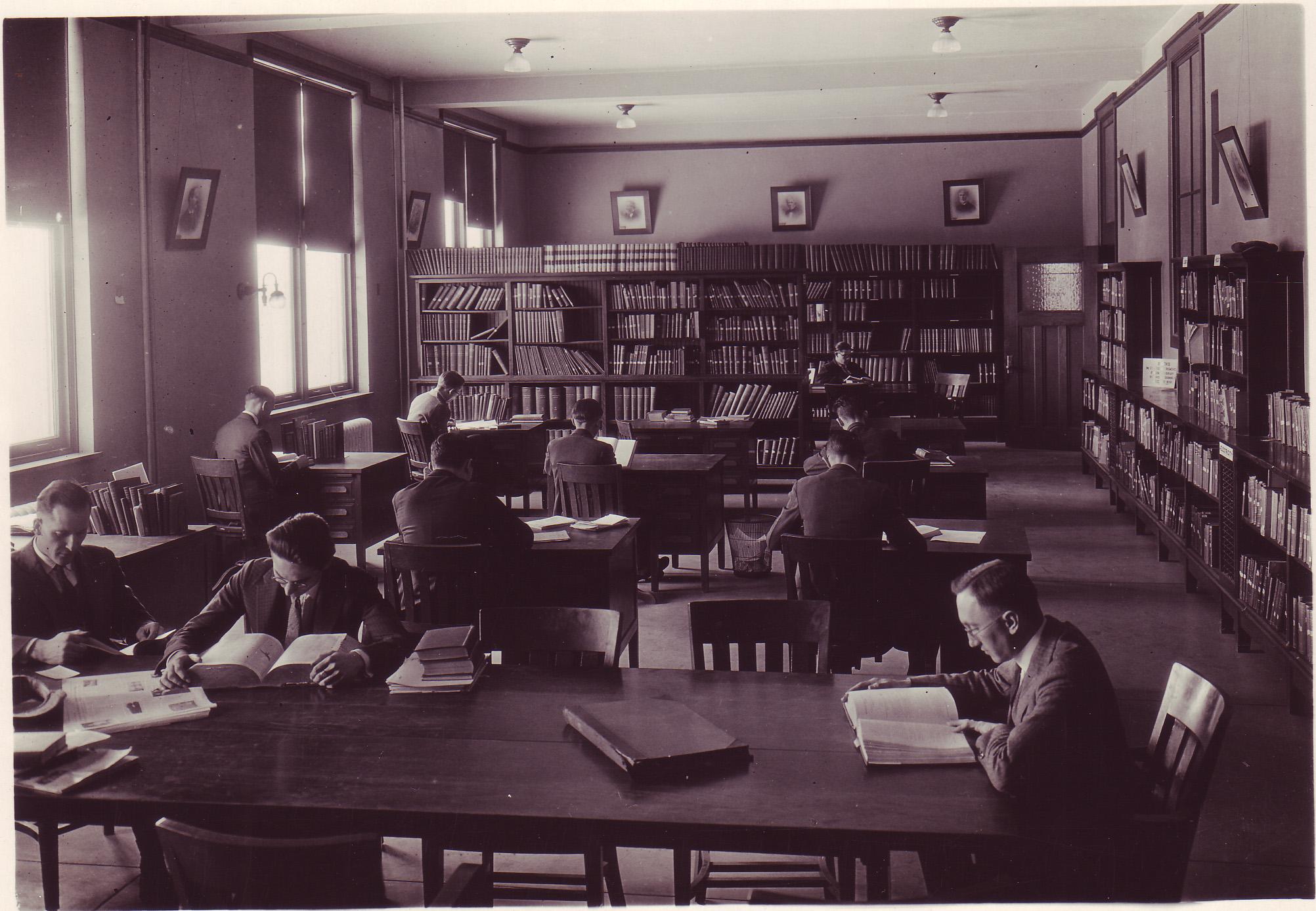 Physics Library - 1925